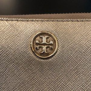 Tory Burch Bags - Tory Burch Robinson Wallet in Gold